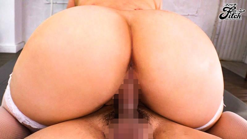 騎乗位セックスの巨尻