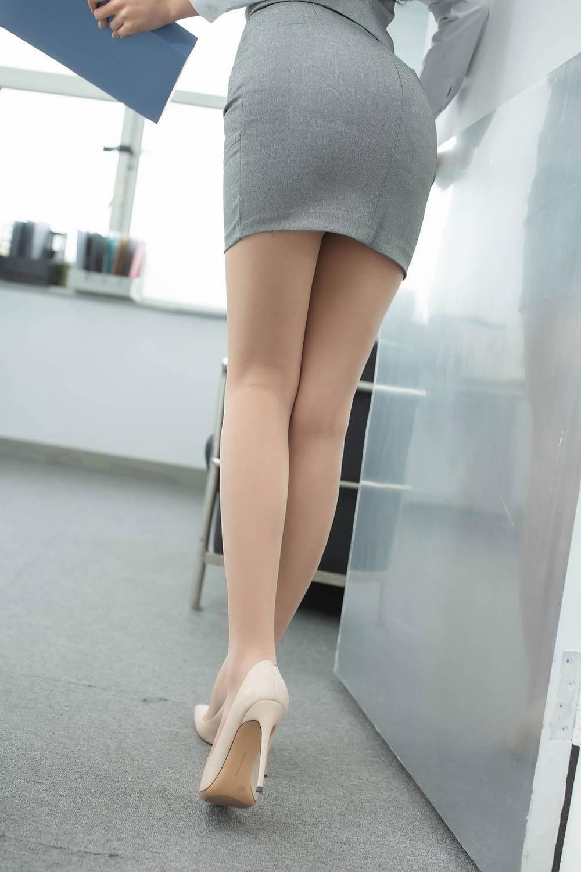 足の長い美脚