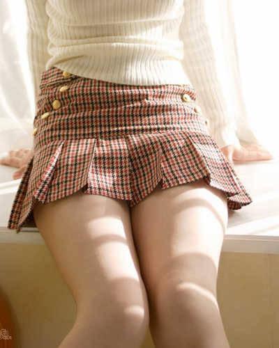ギリギリのミニスカート