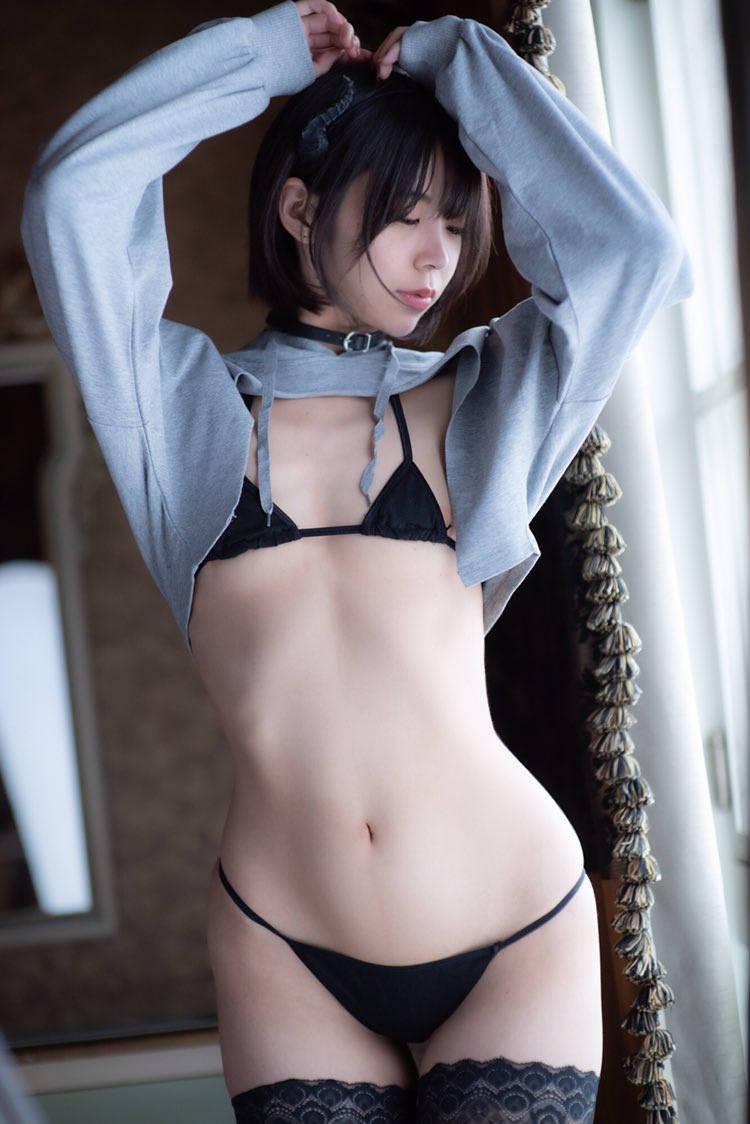安産型のムッチリな腰