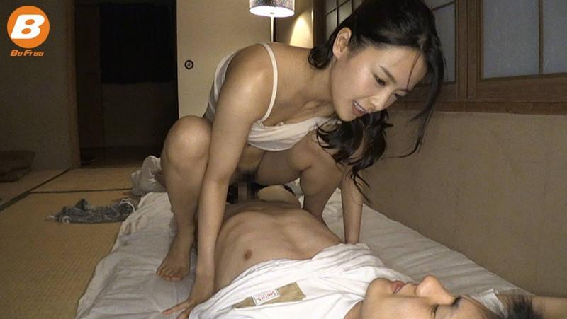 騎乗位セックス