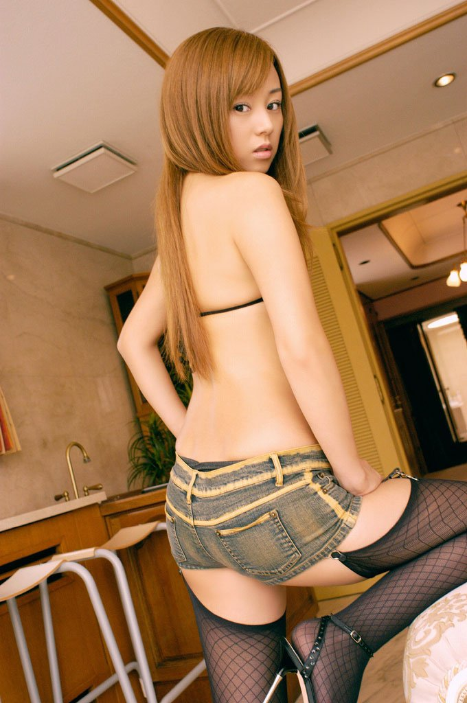 セクシーなホットパンツ女子