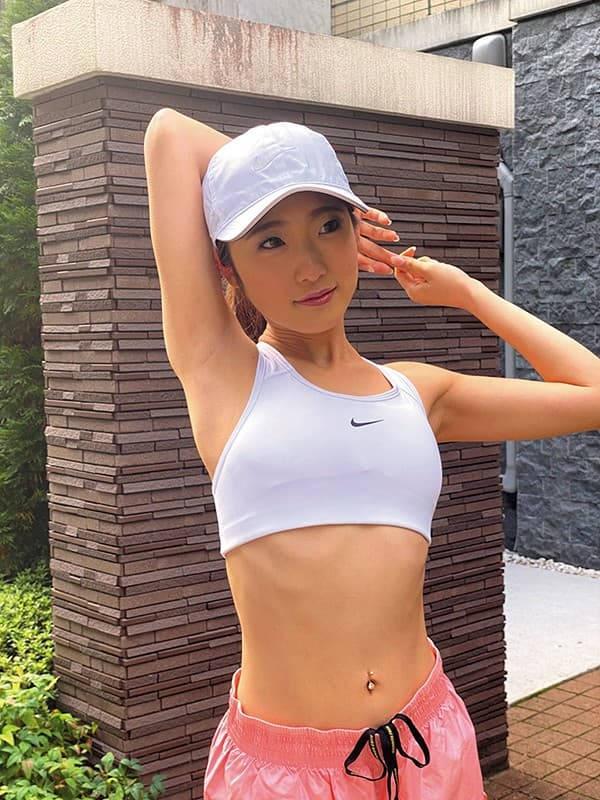 スポーツウェア女子