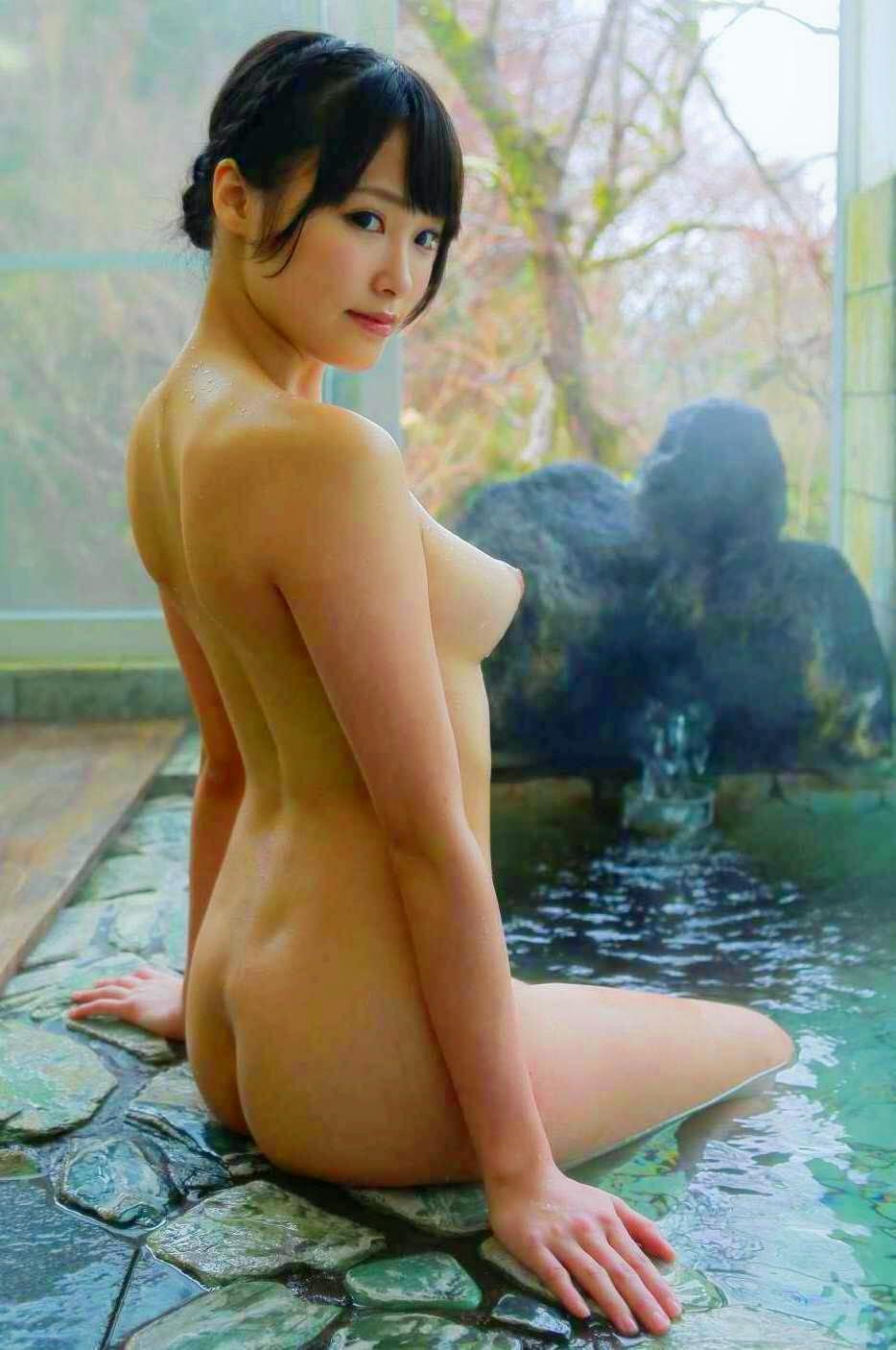 女風呂のお尻