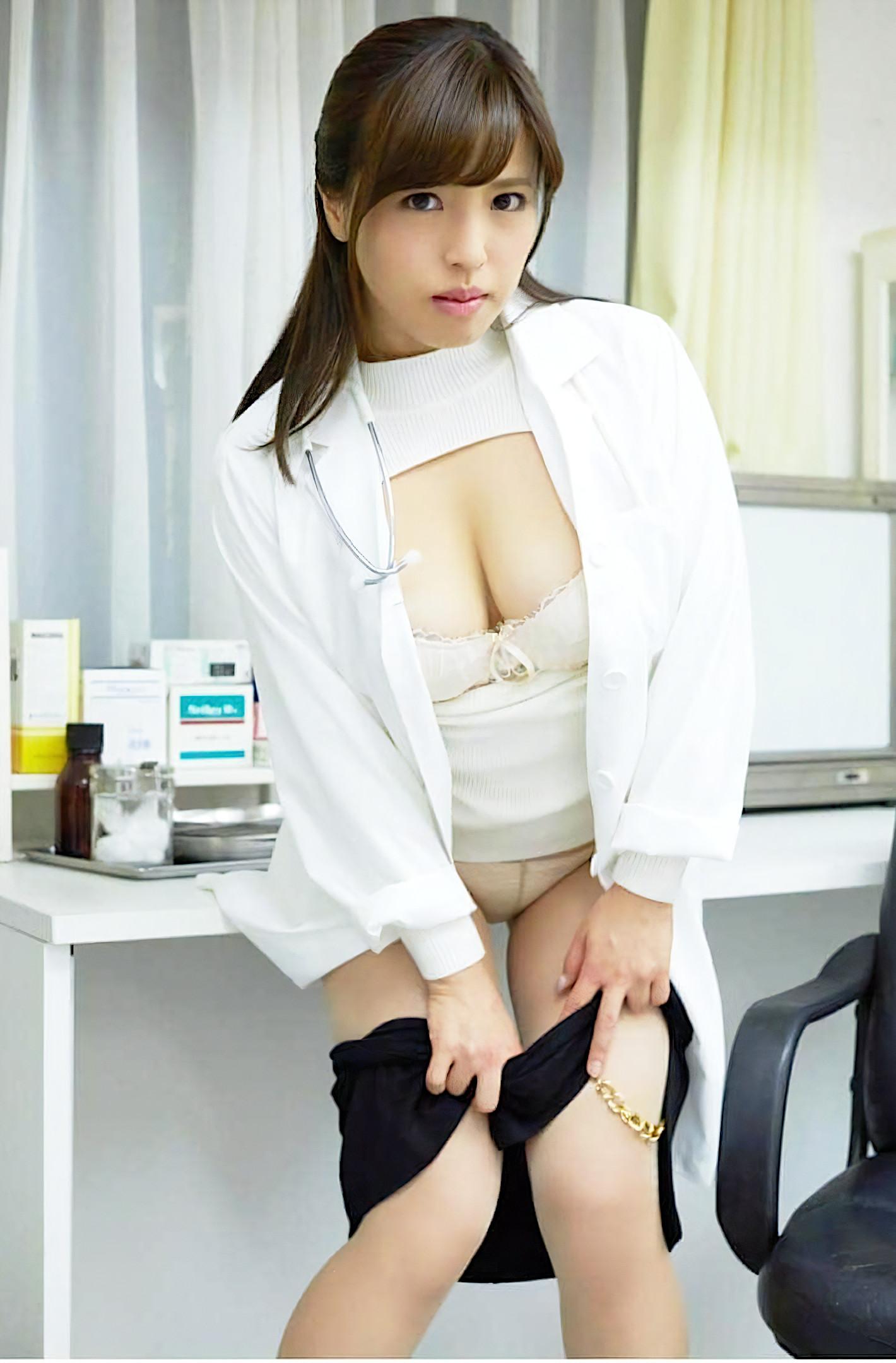 エッチな女医