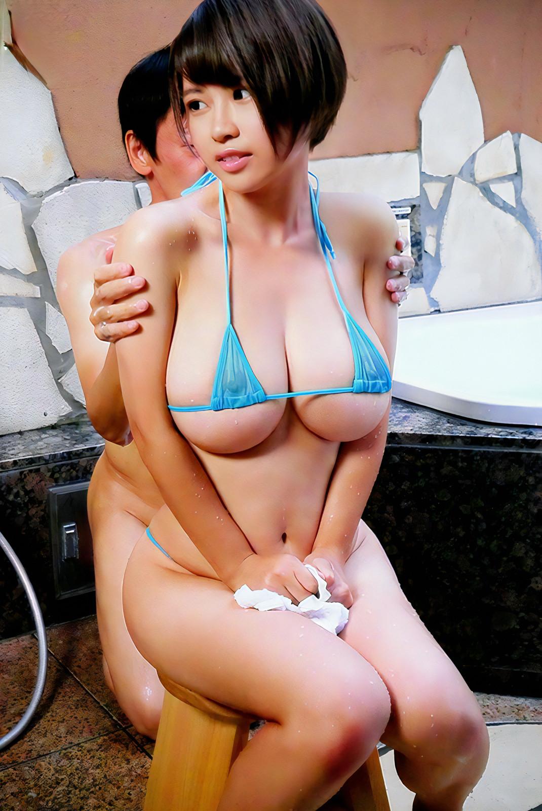 巨乳女子の下乳おっぱい