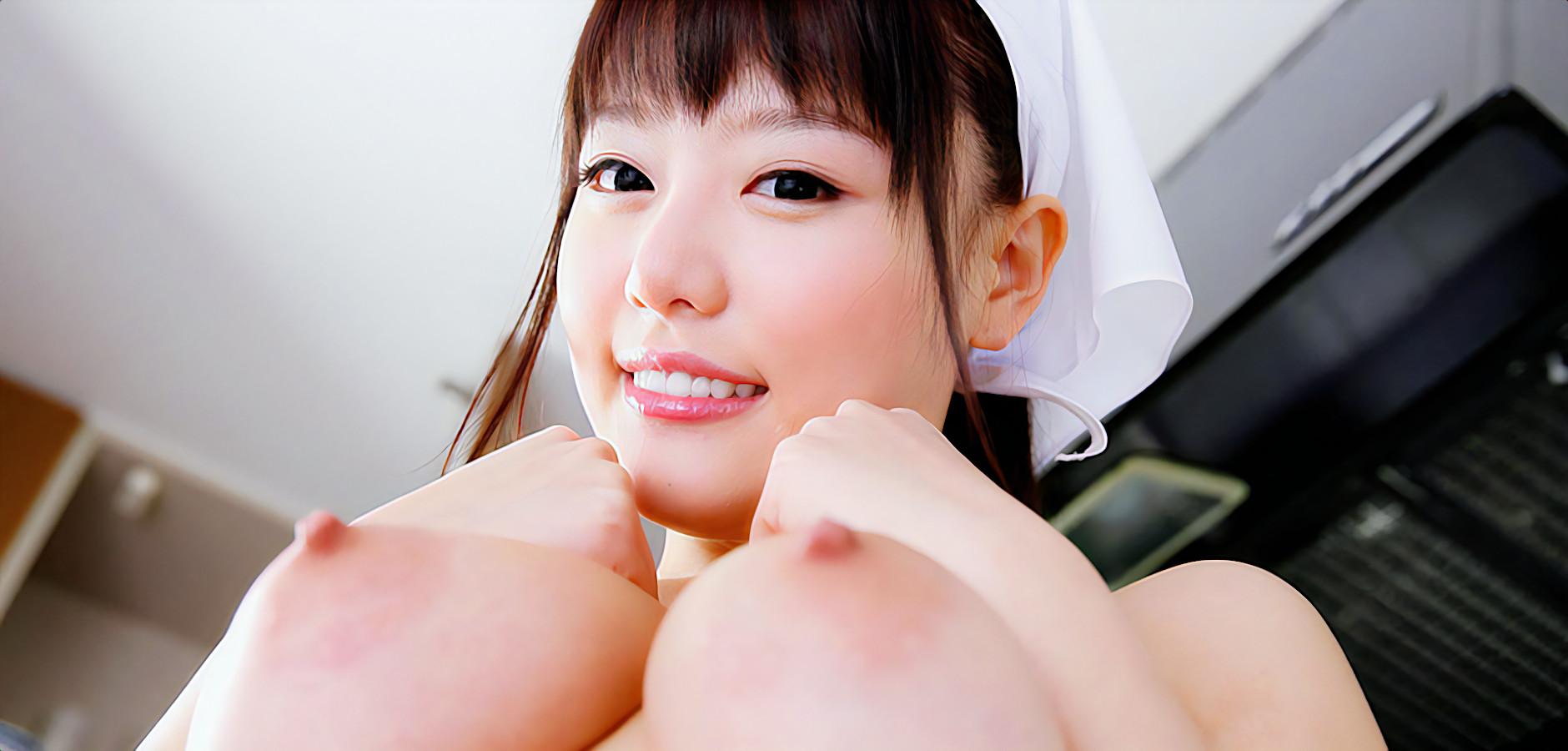 巨乳女子の乳寄せ